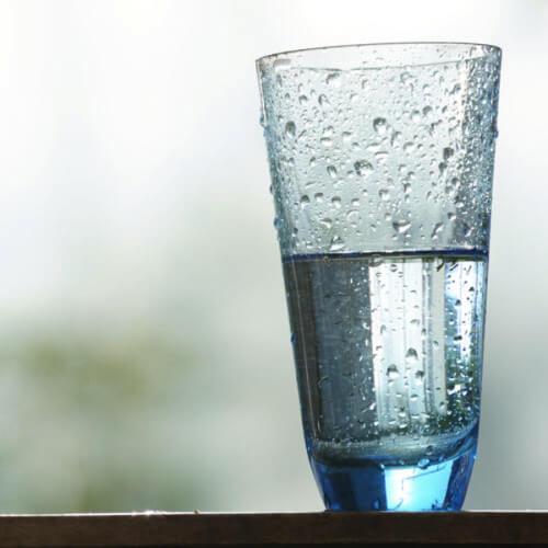 Beber mais água: Copo da água