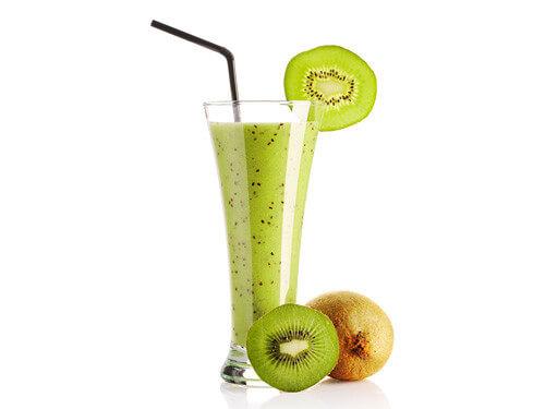 Receita smoothie de abacate e kiwi