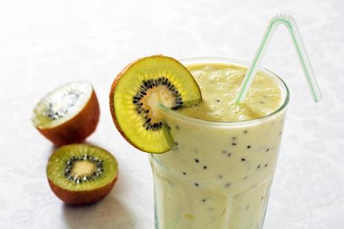 Receita de Smoothie de abacate e kiwi