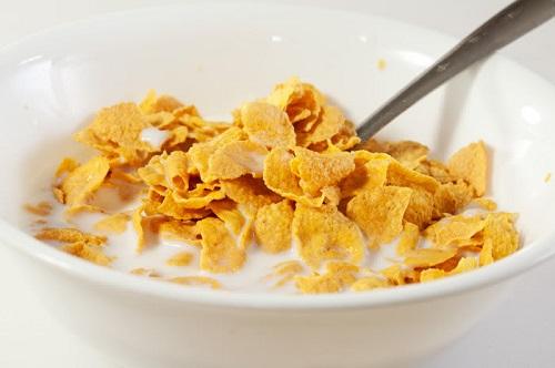 Cereal matinal de milho em flocos: Informação Nutricional
