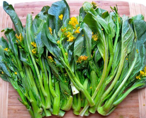 Mostarda planta crua: Informação Nutricional