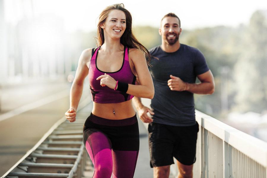 Exercícios físicos melhoram o desempenho na cama!