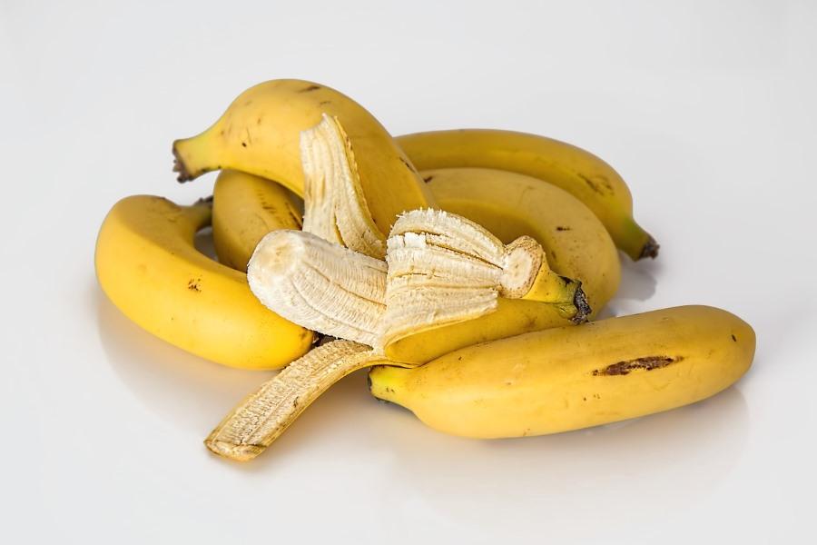 Banana ensopada (ouro, prata, d'água, da terra, etc) informação nutricional